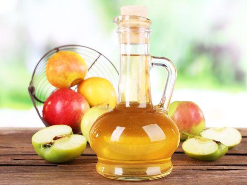 Яблочный уксус - народное средство от варикоза