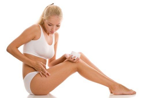 Сочетание антицеллюлитного крема и упражнений