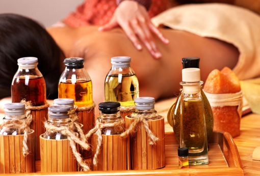 Эфирные масла от целлюлита и растяжек - виды, свойства, рецепты