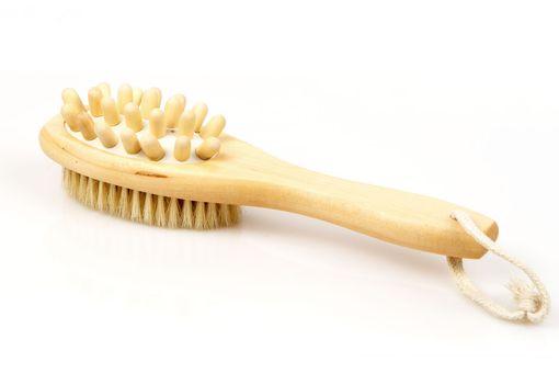 Массажная щетка от целлюлита деревянная