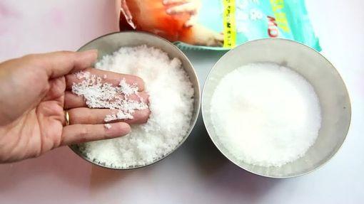 Солевой скраб для борьбы с дефектами кожи