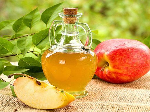 Яблочный уксус от растяжек - польза и вред