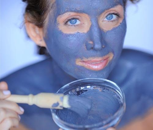 голубая глина от морщинок