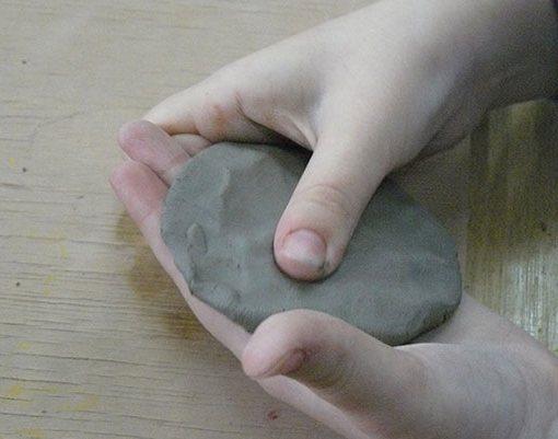 лепешка из глины