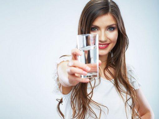 пейте воду для похудения и здоровья