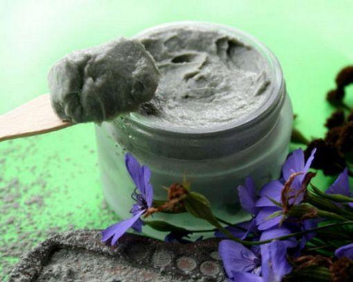 применение голубой глины для лица