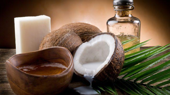 Кокосовое масло: польза и вред, применение для лица и волос, отзывы с фото до и после