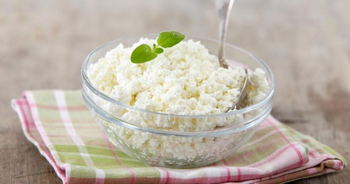 Творог с льняным маслом: польза и вред, рецепт для похудения, противораковая диета Джоанны Бадвиг