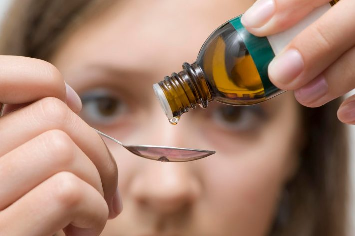 Масло шалфея: свойства и применение, рецепты масок для лица, волос, противопоказания, отзывы