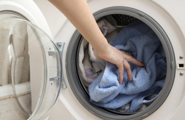 как удалить эмаль с одежды
