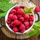 какие витамины в малине