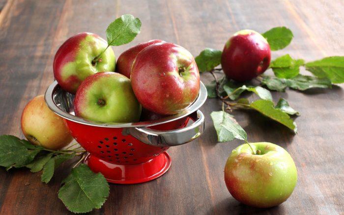 какие витамины в яблоках